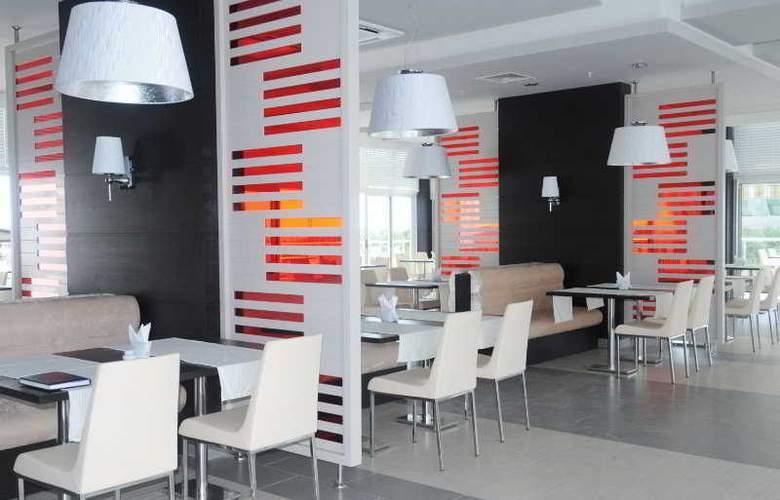 Sentido Golden Bay - Restaurant - 10
