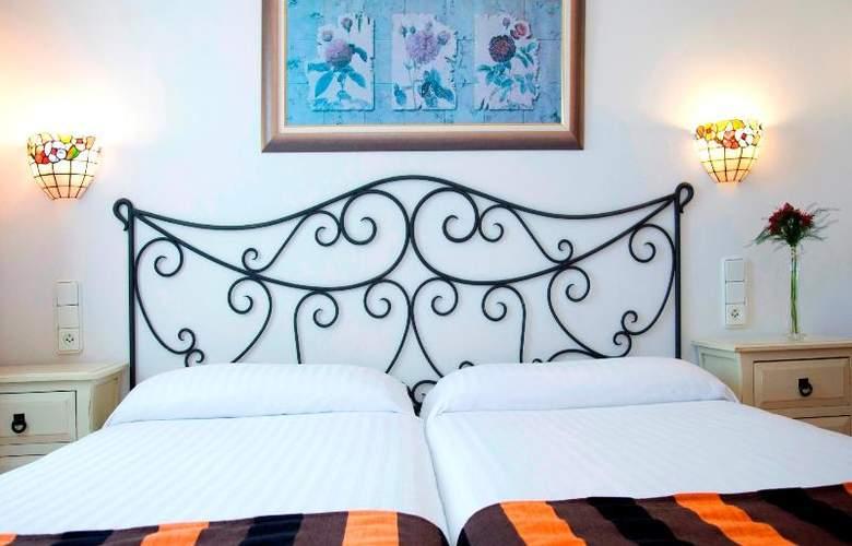 La Pergola Aparthotel - Room - 37