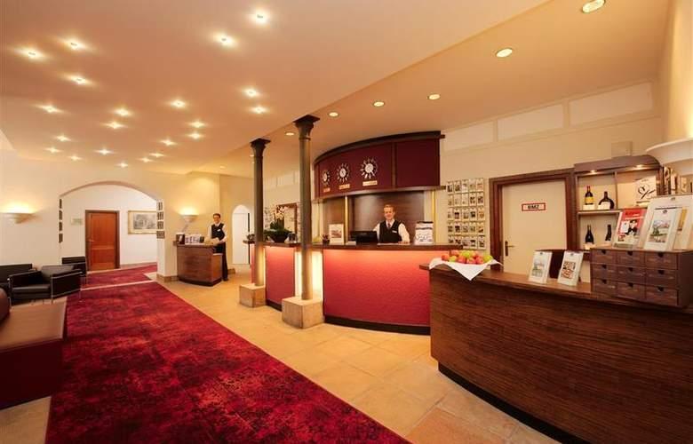 Best Western Premier Hotel Villa Stokkum - General - 42