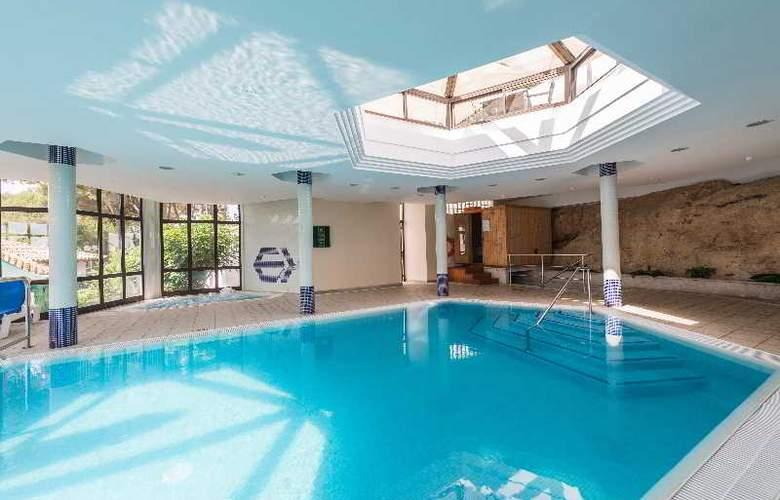 Exagon Park - Pool - 36