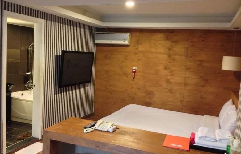 Biz Jongro - Room - 9
