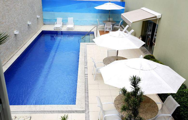Tulip Inn Nazare - Pool - 5