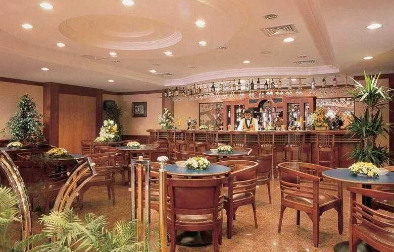 Lion - Restaurant - 4