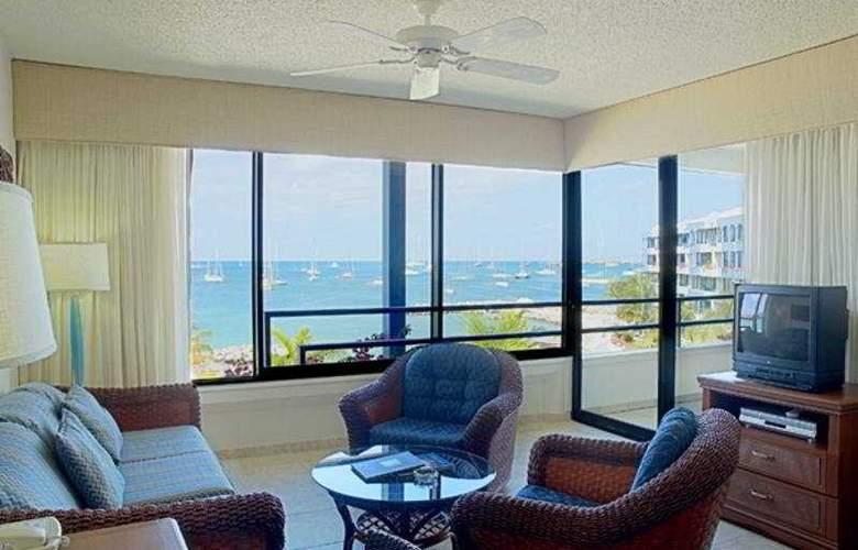 Royal Palm Beach Club - Room - 3