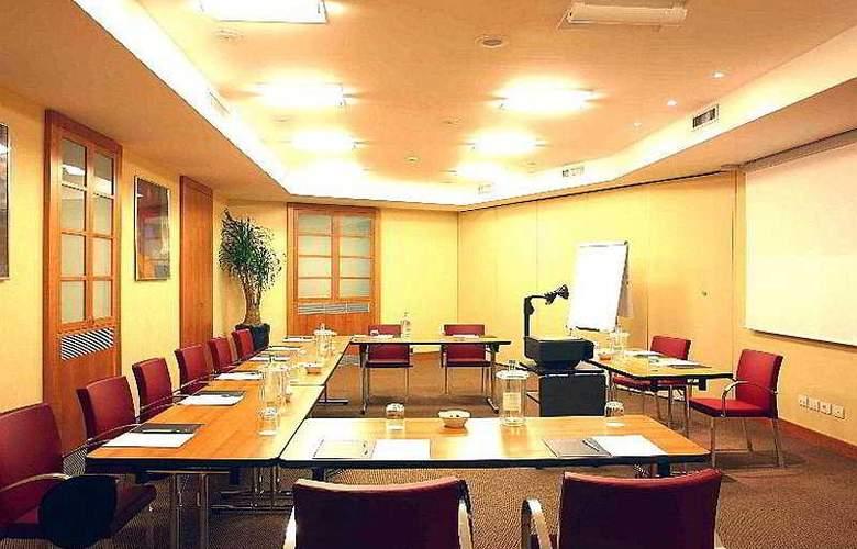 Holiday Inn Milan Garibaldi Station - Conference - 4