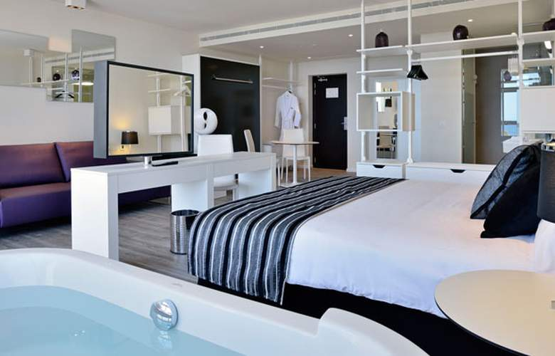 Meliá South Beach - Room - 13
