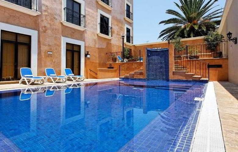 Holiday inn Express Oaxaca Centro Historico - Pool - 19