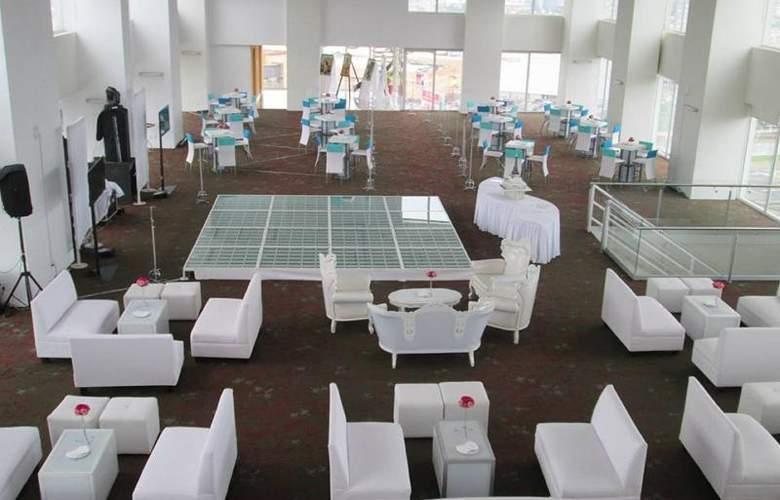 La Quinta Inn & Suites Puebla Palmas - Conference - 19