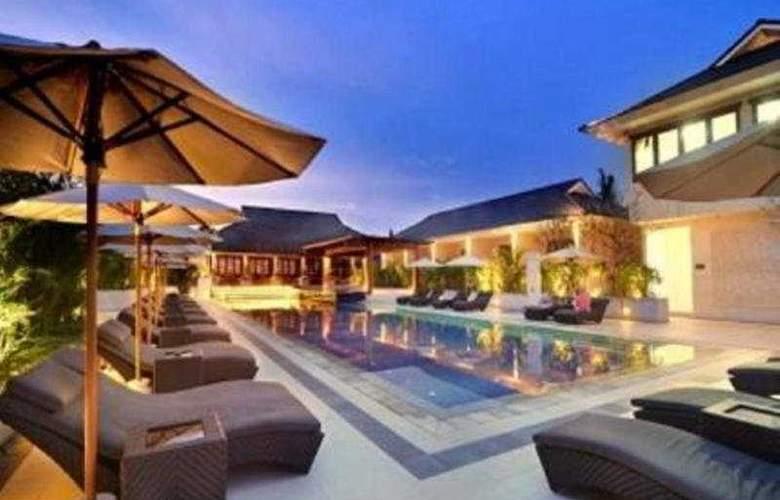Semara Resort Seminyak - Pool - 8