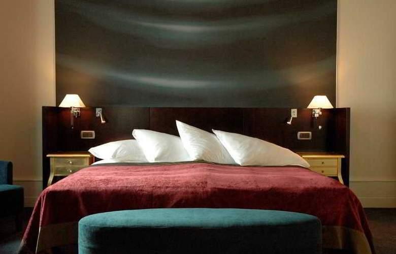 The Ritz-Carlton, Hotel de la Paix - Room - 4
