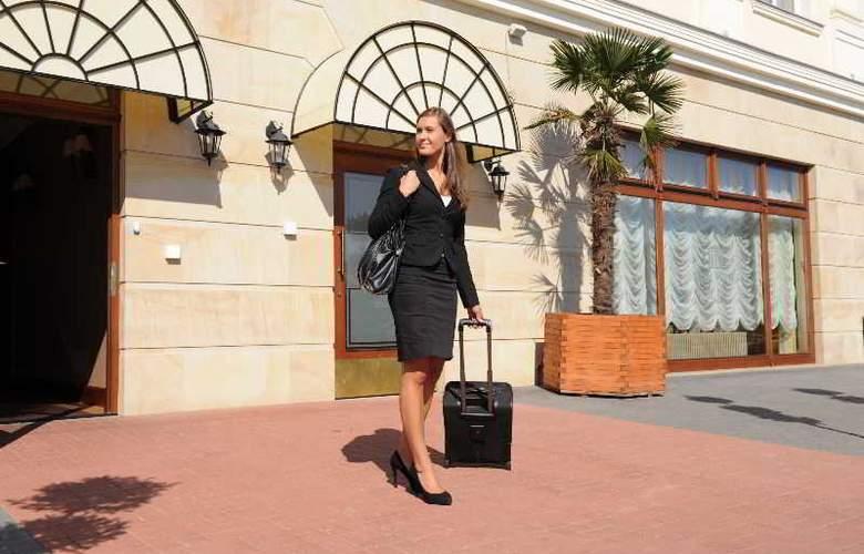 Hotel Wloski Business Centrum Poznan - Hotel - 13