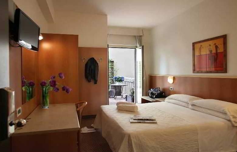 Principe di Piemonte (Rimini) - Room - 12