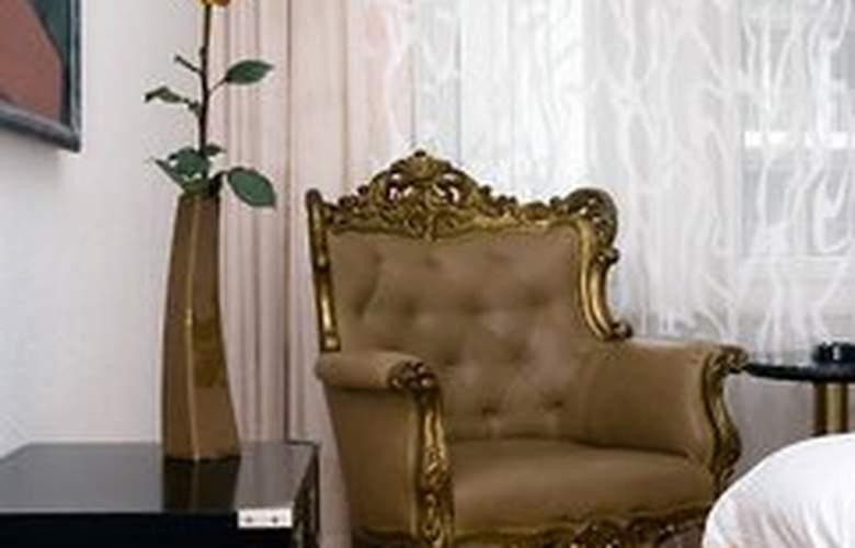 Goldenes Schwert - Room - 5