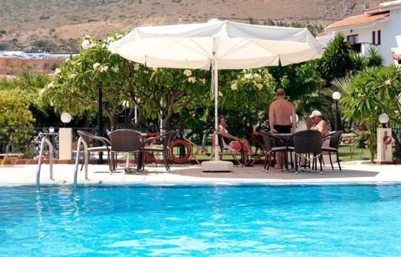 Villa Vicky Hersonissos - Hotel - 17