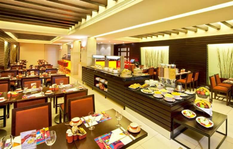 Coral Suites Al Hamra - Hotel - 2