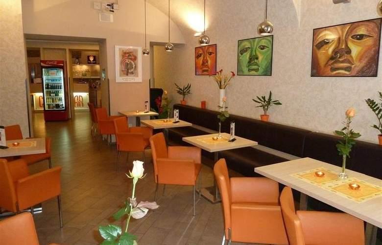 Best Western Hotel Pav - Restaurant - 9