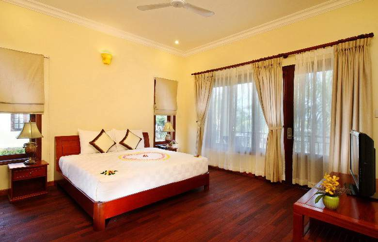 Golden Coast Resort & Spa - Room - 6