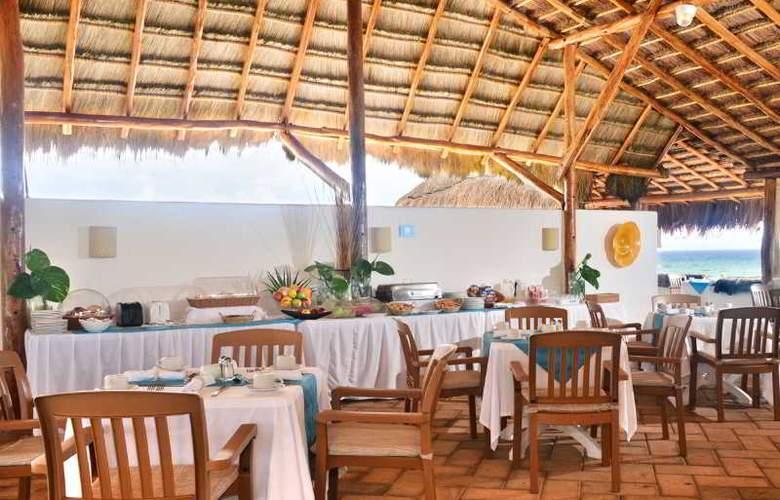 Las Villas Akumal - Restaurant - 18