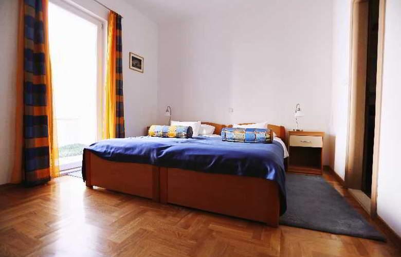 Pervanovo Apartments - Room - 22