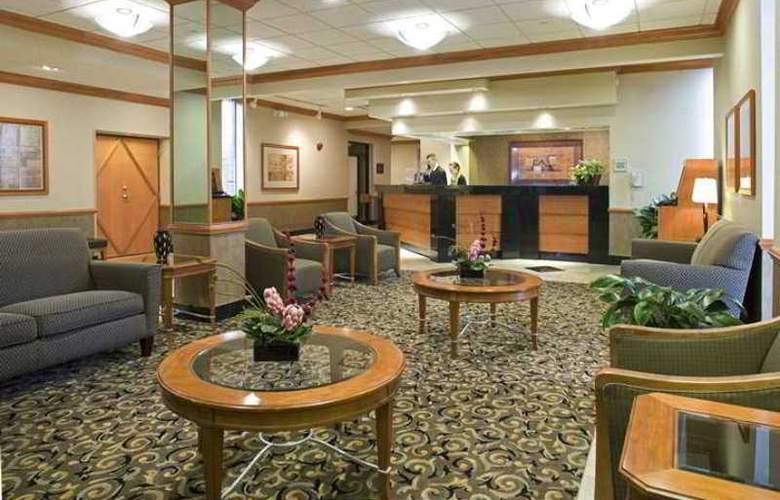 Doubletree Hotel Madison - Hotel - 8