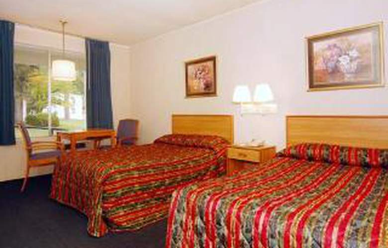 Econo Lodge Intown - Room - 3