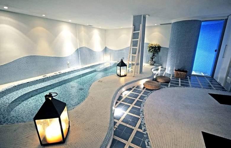Punta Campanella Resort & Spa - Pool - 4