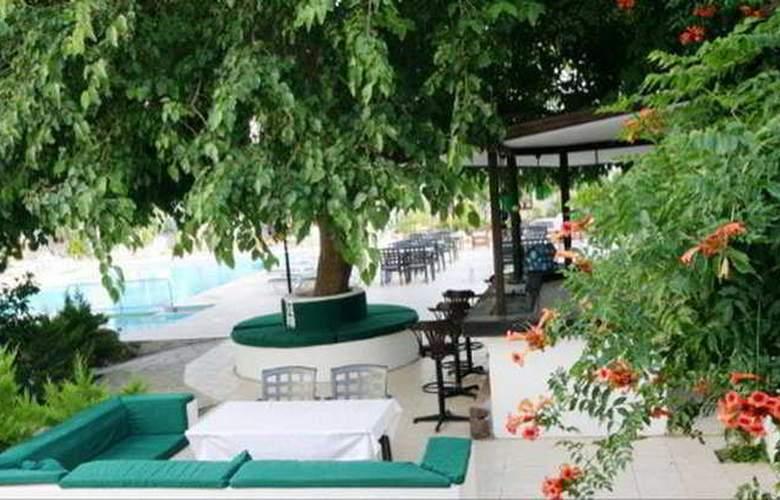 Safir Hotel  - Terrace - 9