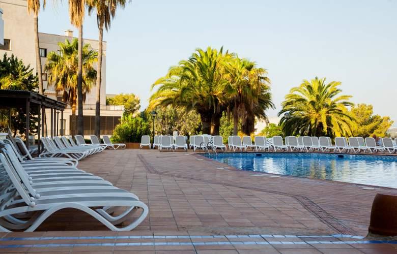 Ola Aparthotel Tomir - Pool - 26