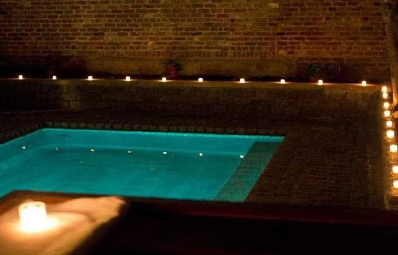 Le Marais - Pool - 3