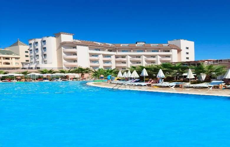 Lilyum Hotel - Pool - 12