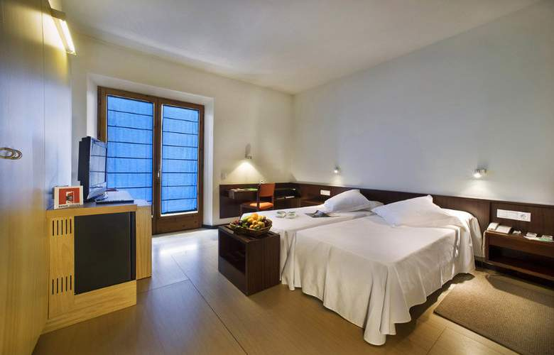 Empordá - Room - 1