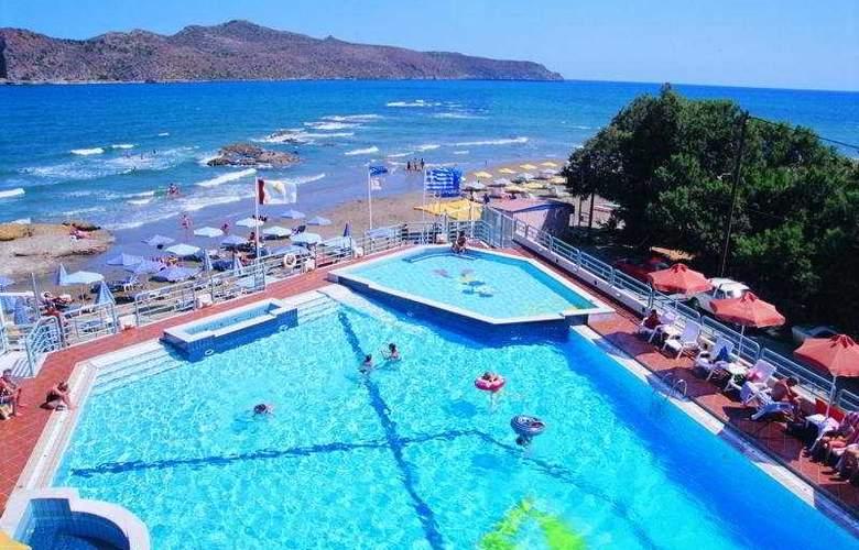 Ilianthos Village Suites - Pool - 7