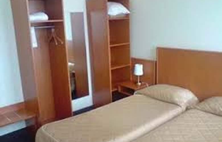 Belmont - Room - 18