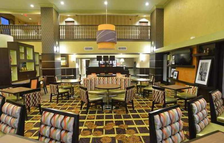Hampton Inn and Suites Lake City - Hotel - 0