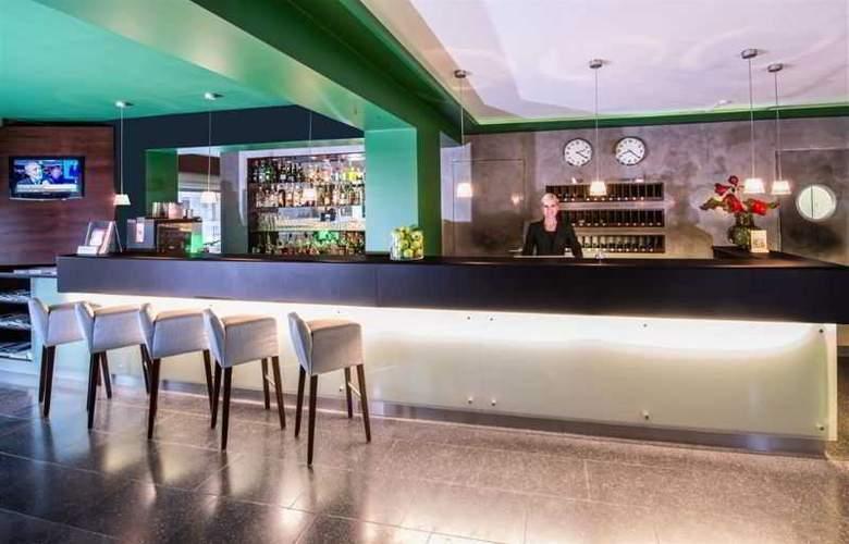 The New Yorker Hotel - Restaurant - 7