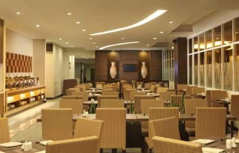 Santika Bengkulu - Restaurant - 2