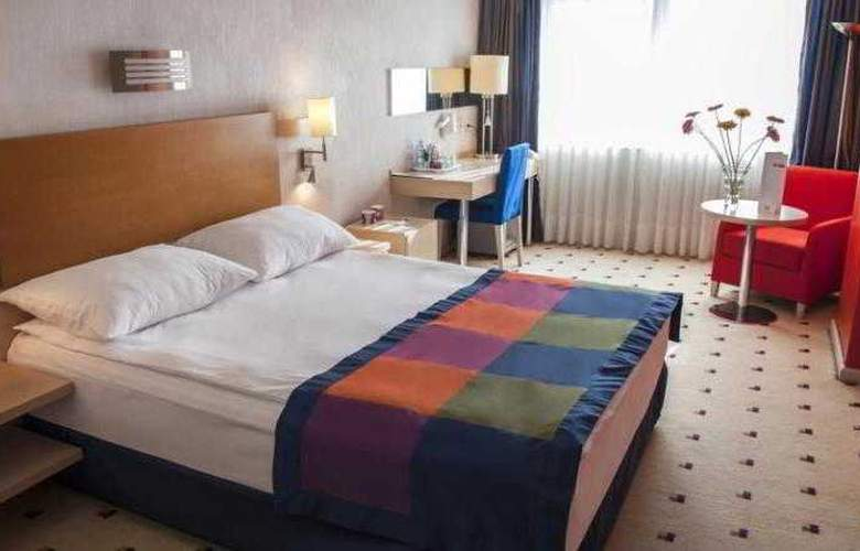 Park Inn by Radisson Baku - Room - 6