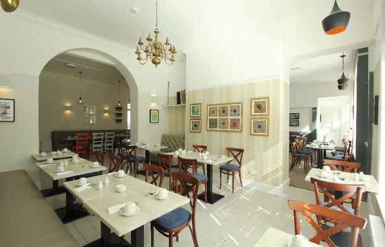 The Castle Hotel - Restaurant - 20