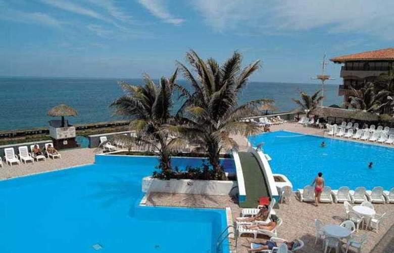 Be Live Havana City Center Copacabana - Pool - 3