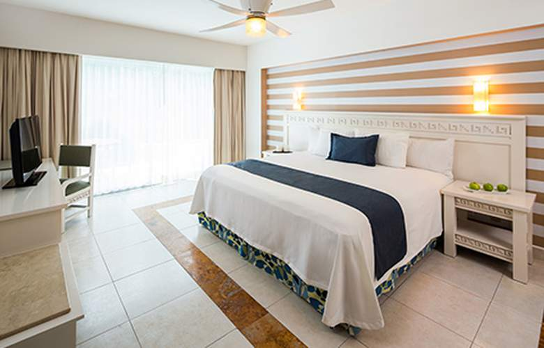BlueBay Grand Esmeralda - Room - 9