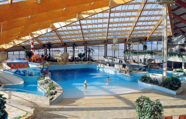 Aquapalace Hotel Prague - Services - 5