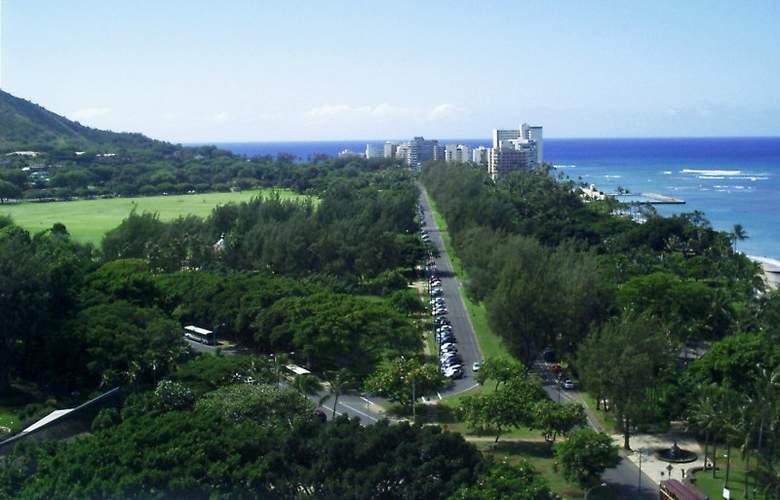 Aqua Park Shore Waikiki - General - 2