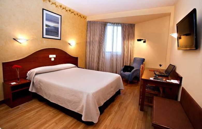 Sercotel Ciudad de Burgos - Room - 3