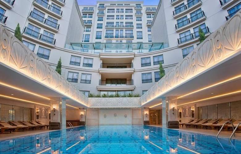 CVK Park Bosphorus Istanbul - Pool - 70