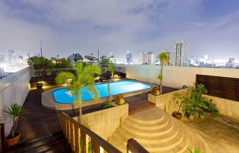 The Victory  Executive Residences - Pool - 49