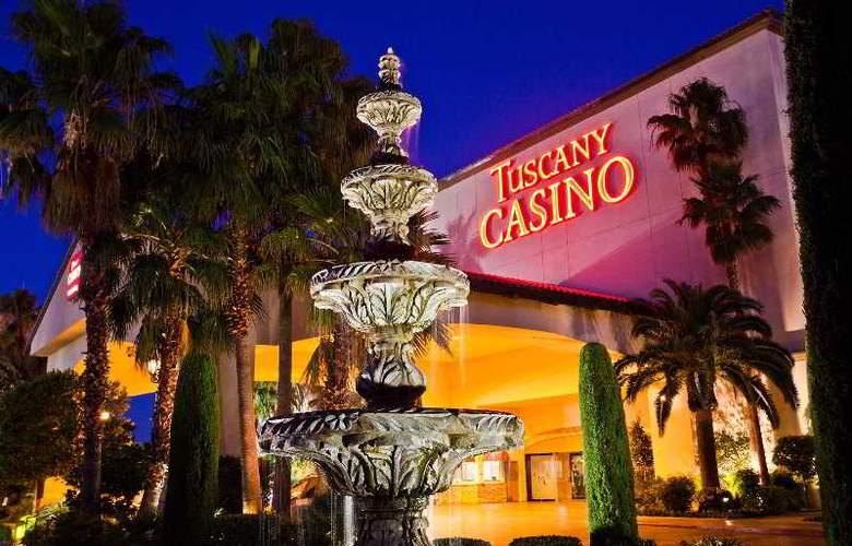 Tuscany Suites & Casino - Hotel - 10