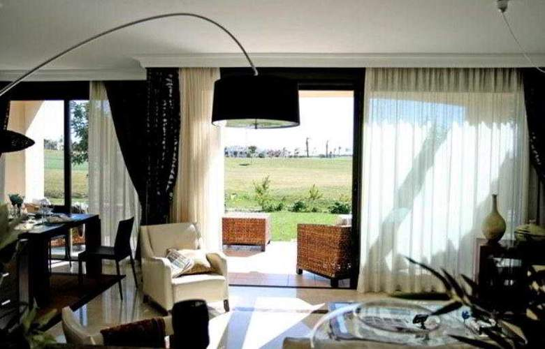 Roda Golf and Beach Resort - Room - 4