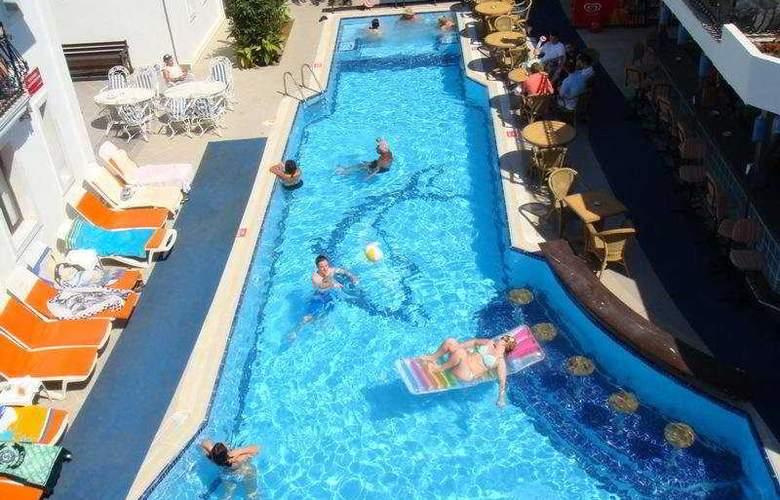 Istankoy Hotel Bodrum - Pool - 6