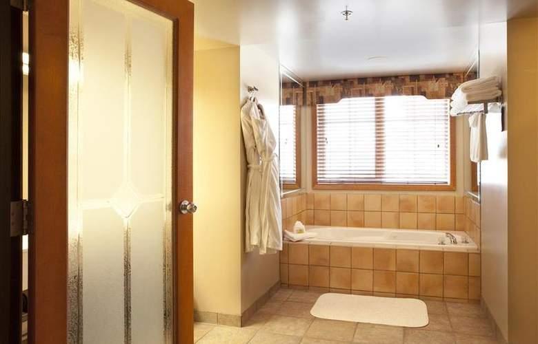 Best Western Plus Pocaterra Inn - Room - 127