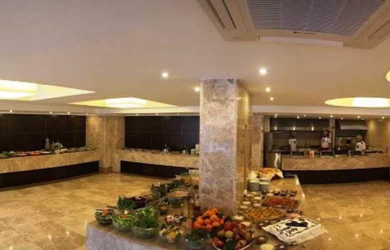 Munamar Beach Resort - Restaurant - 22